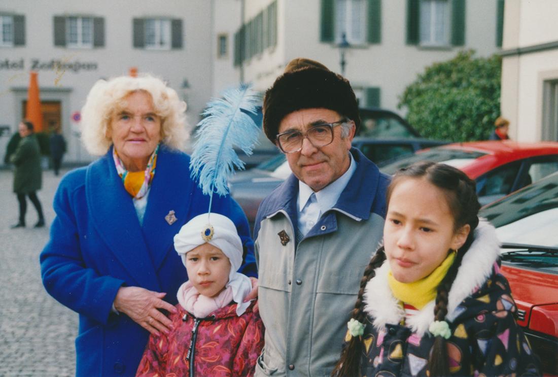 41: Zwei Generationen an der Fasnacht in Zofingen