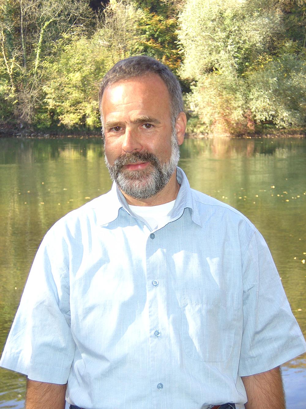 Robert Weber, Autor von DARSHAN mit GOTT, Bild an der Aare